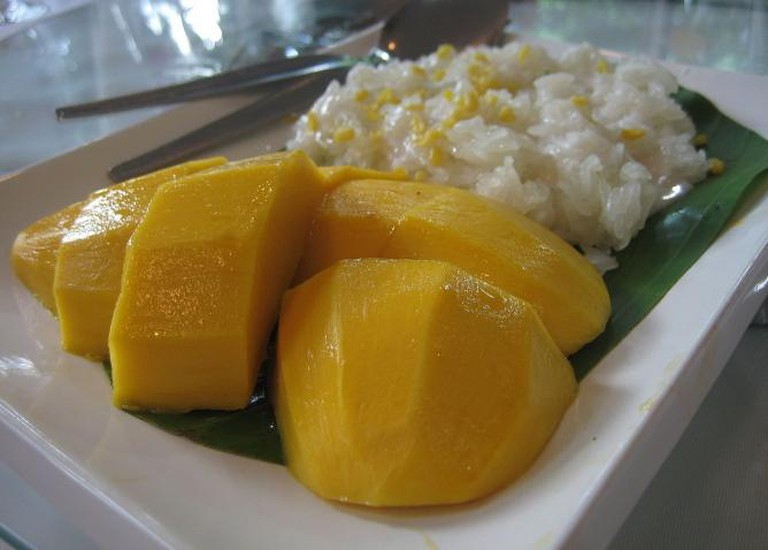 Mango with Sticky Rice © Terence Ong/WikiCommons