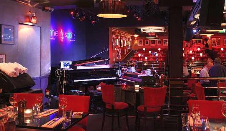 Ronnie Scotts Jazz Club © Bob Embleton @ geograph.org.uk