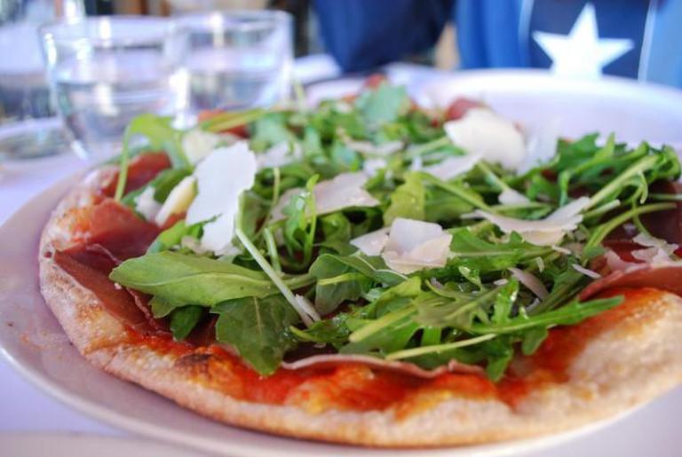 Pizza at Pompei's © Alpha/Flickr