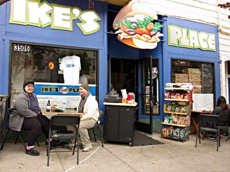 Ike's Place SF  l  © Charles Haynes/flickr