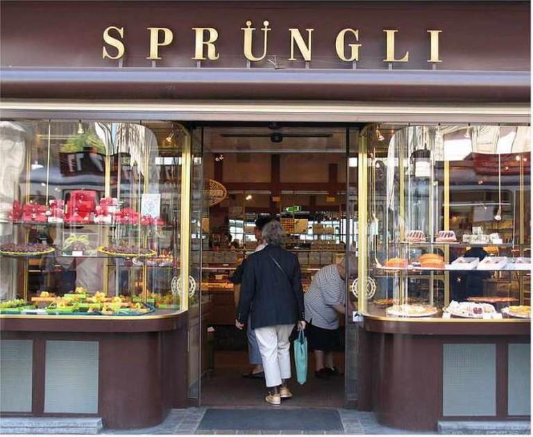 One of the many Sprüngli shops I © Johnny Chicago/WikiCommons