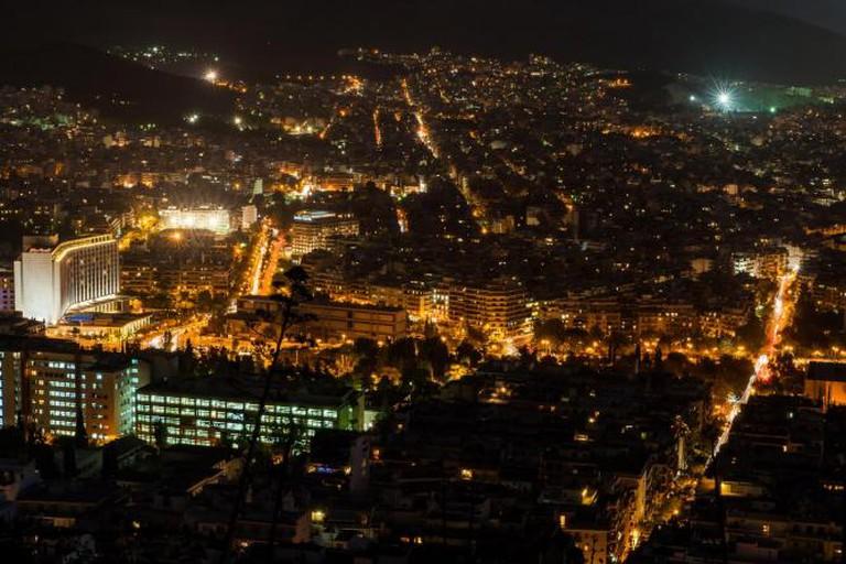 Athens by night | © jojo nicdao/Flickr