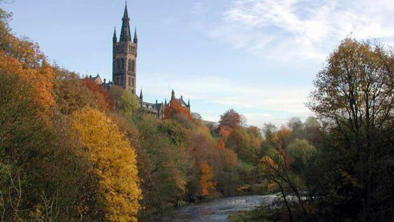 Tower of the University of Glasgow | © Candeo gauisus/WikiCommons