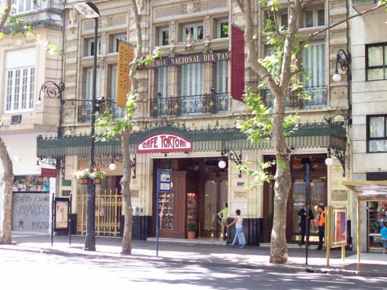 Café Tortoni | © Roberto Fiadone/WikiCommons