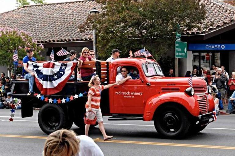 Sonoma 4th of July Parade   ©RichRobinson/flickr