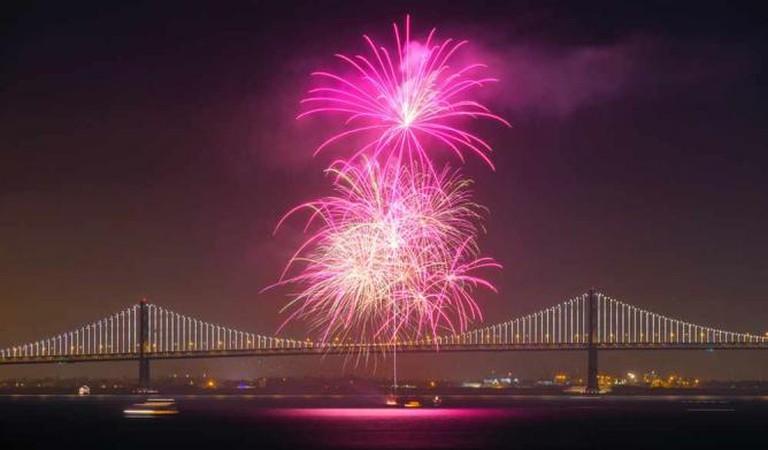 SF Waterfront Fireworks   ©DavidYu/flickr