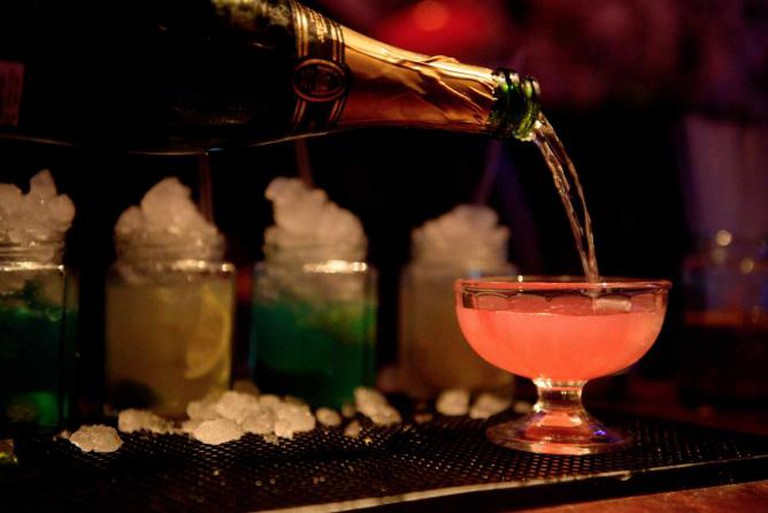Champagne Cocktail   ©Wonderland Bar