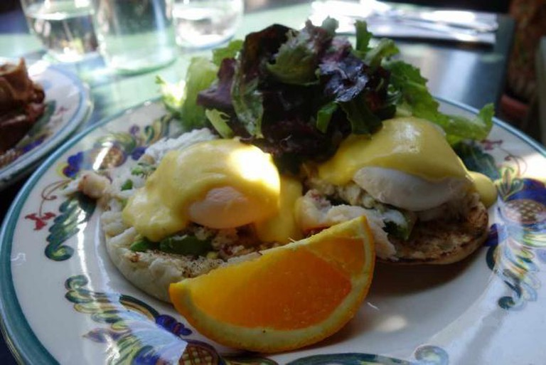 Eggs Benedict at Zazie | kennejima/Flickr