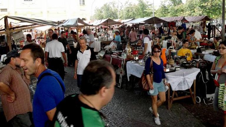 Rio flea market © José Roitberg/Flickr