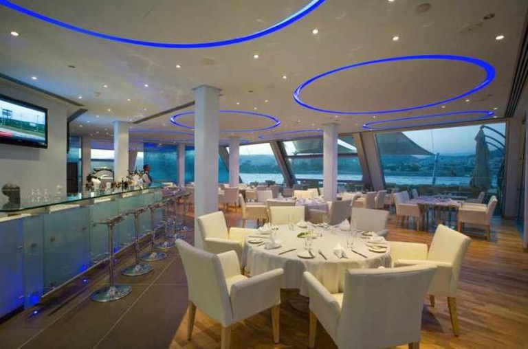 Sailor's Rest Lounge Bar | Courtesy of Sailor's Rest Lounge Bar Restaurant