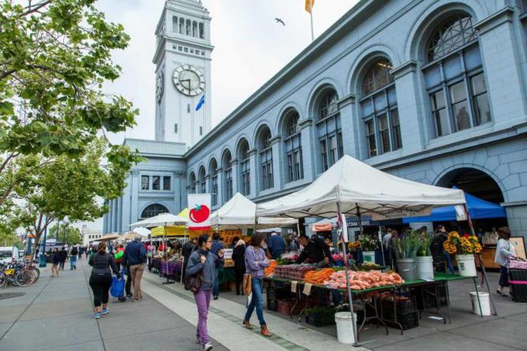 "alt=""Ferry Plaza Farmers Market"""