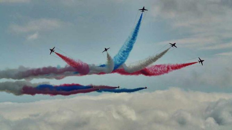The Red Arrows at Bournemouth's 2013 Air Festival | © Ian Kirk/WikiCommons