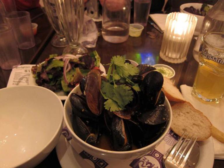 Mussels at Frjtz | © Neeta Lind/Flickr