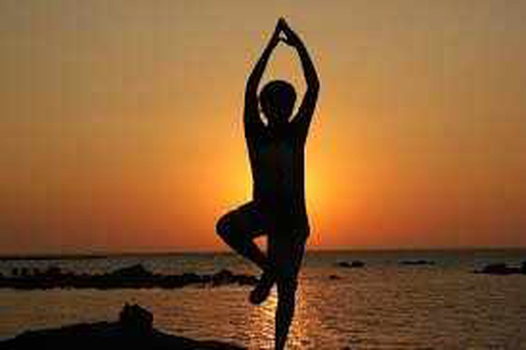 Sunset Yoga | © Flickr