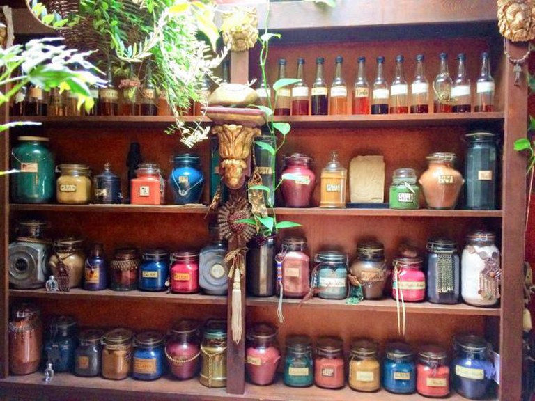 Precious oils and incense at The Sword and the Rose | © Nancy Garcia