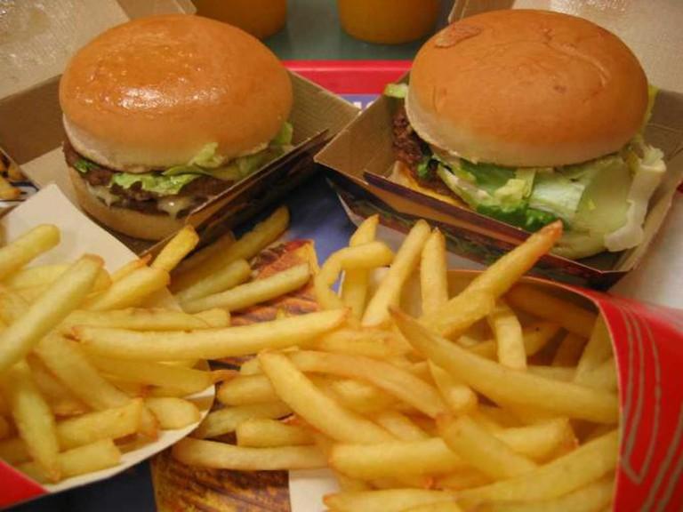 Burger and chips   © jslander/Flickr