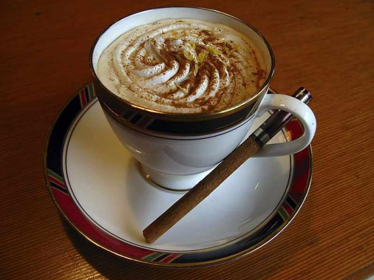 Coffee and cinnamon | © Fg2/WikiCommons