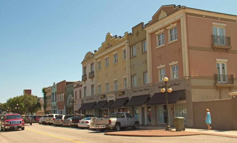 Main Street, Georgetown   © bootbearwdc/flickr