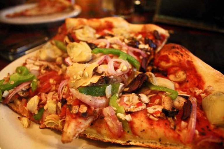 vegan pizza at Mississippi Pizza