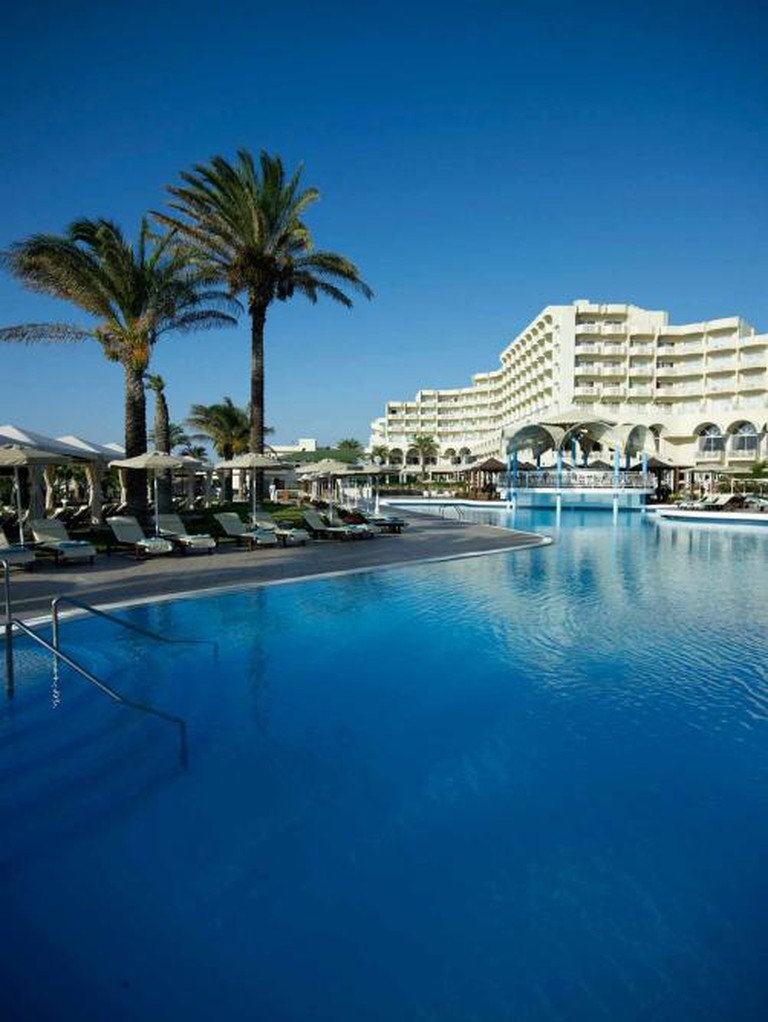 Outdoor swimming pool | Courtesy of Rodos Palladium