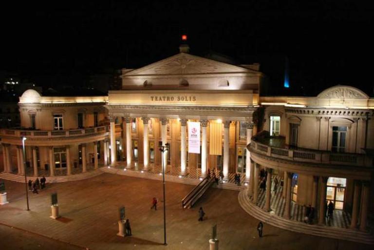 Teatro Solís in Montevideo © Travel Aficionado/Flickr