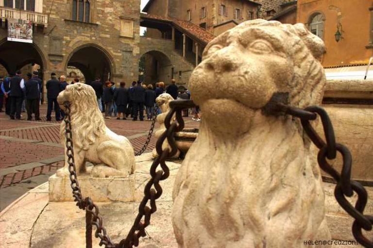 Piazza Vecchia   © HelenCreazioni/Flickr