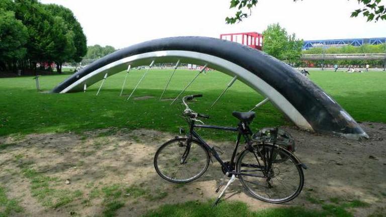 Buried Bicycle, Parc de la Villette | © Andrew Duthie/Flickr