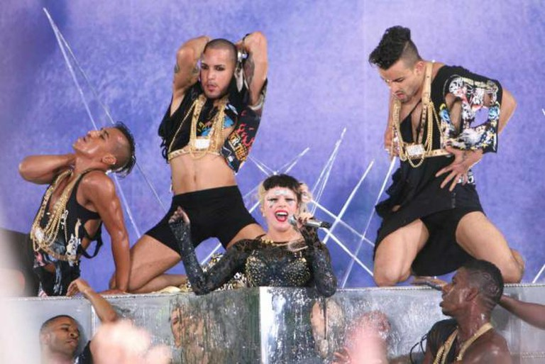 Lady Gaga GMA Concert   © TJ Sengel/Flickr