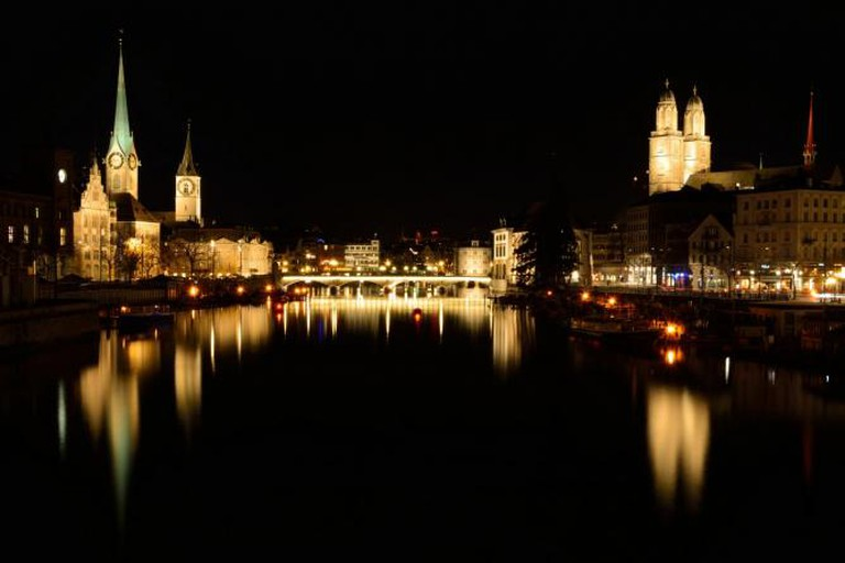 Zürich by night | © kuhnmi/Flickr