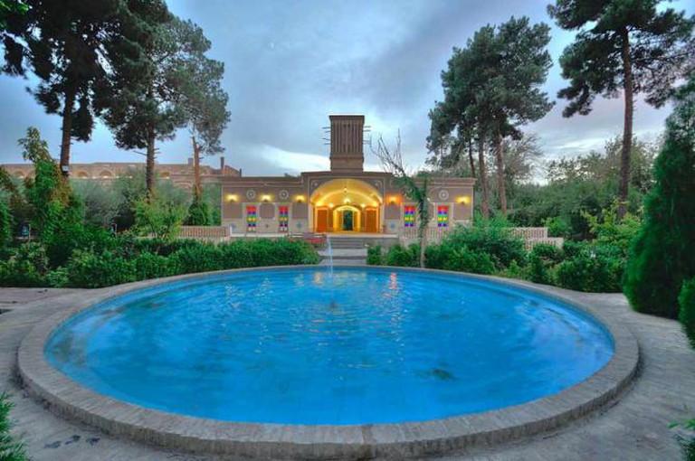 Moshir ol-Mamalek Hotel   © هتل باغ مشیر الممالک یزد/Wikicommons