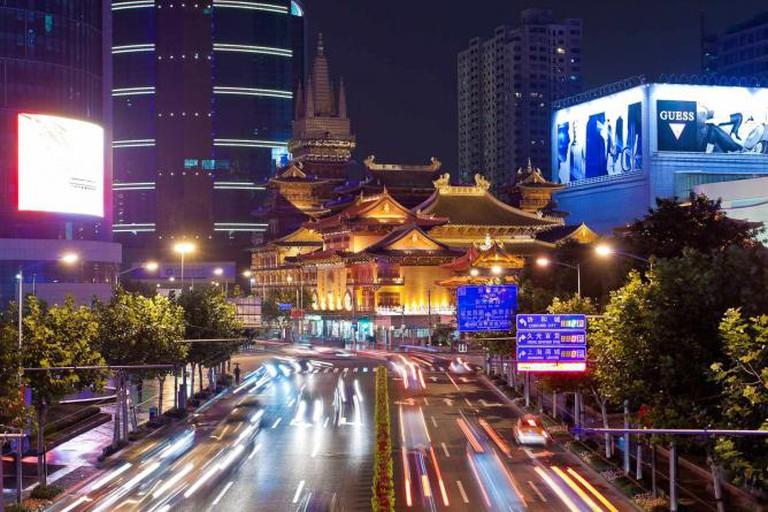 Jingan Temple in Shanghai © Robert S. Donovan/Flickr