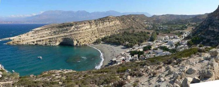 Panoramic view of Matala | © SuperFLoh/WikiCommons