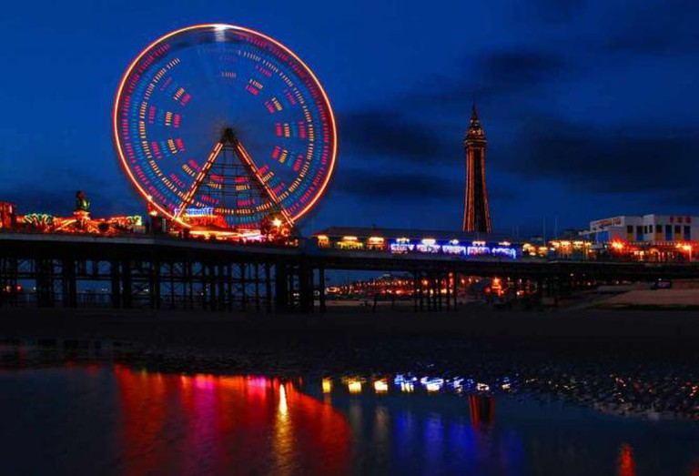 Blackpool's Central Pier | © Andrew Hurley/Flickr