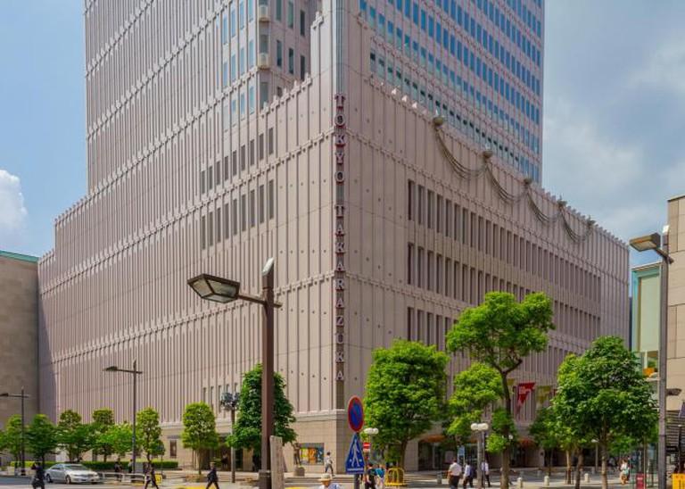 Tokyo Takarazuka Theater l © Kakidai/WikiCommons