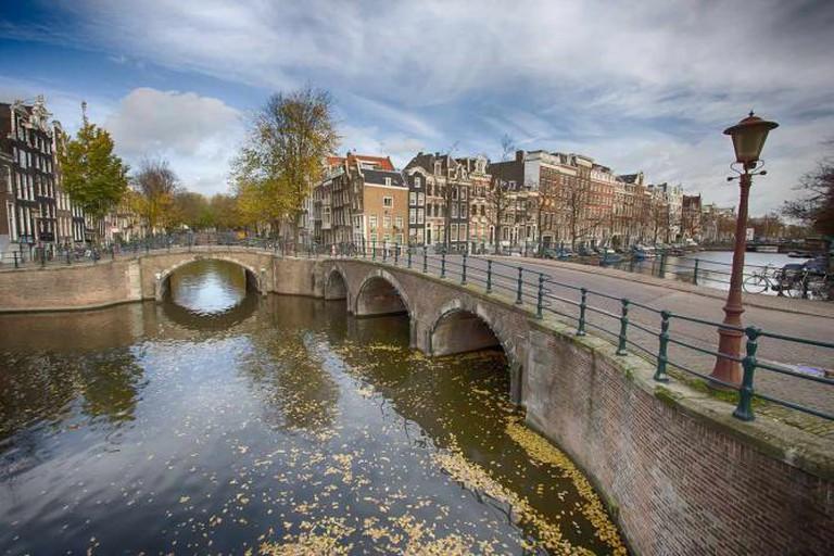 Amsterdam Canal l © Edward Dalmulder / Flickr