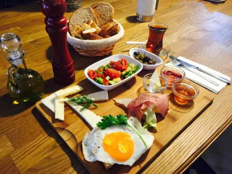 Breakfast | Courtesy of Pell's Café