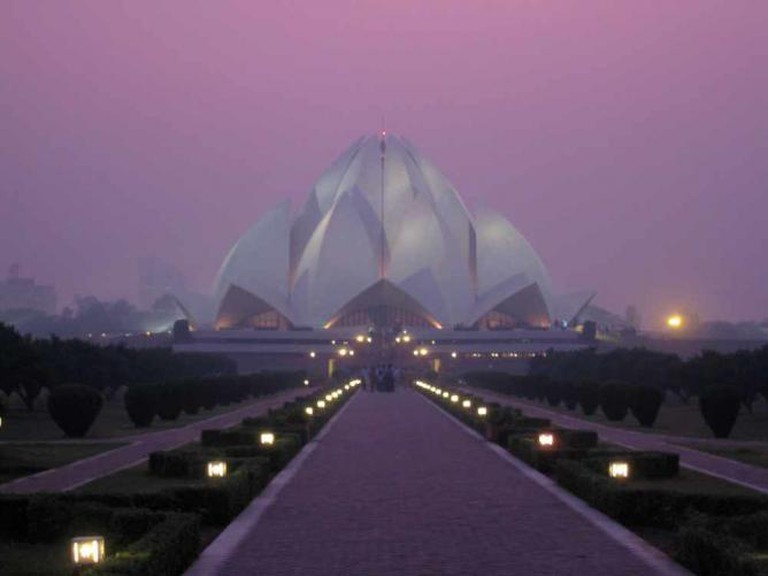 Lotus Temple | © AHLN /Flickr