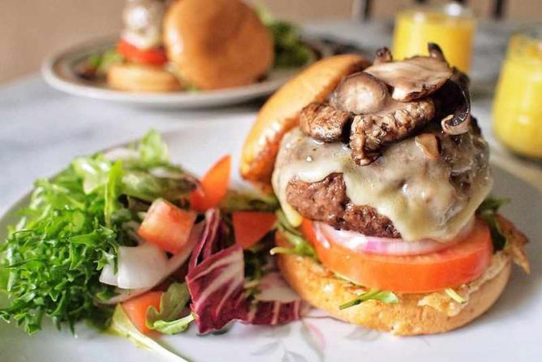 Brunch burger