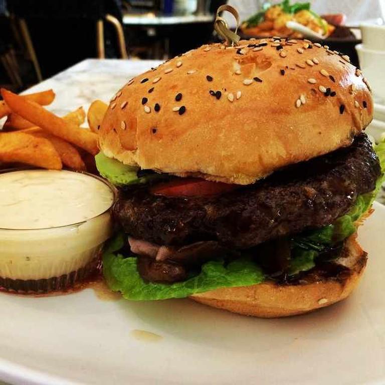 Teriyaki burger | © Razlan /Flickr