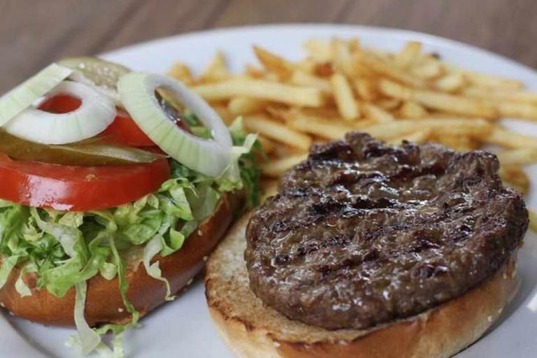 Agadir's 250g Burger and fries  © Alex Kojfman