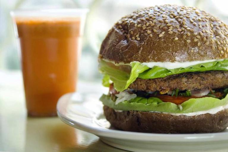 Buddha Burger  © Daphna Tal for Buddha Burger