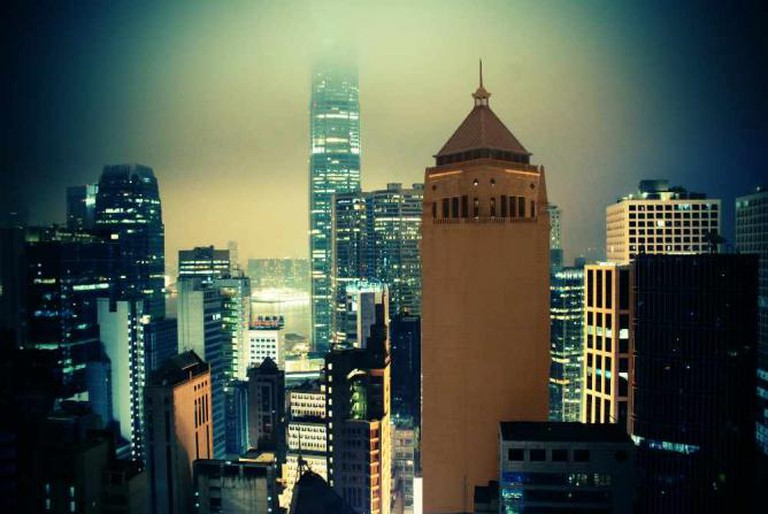 The view of Central from Lan Kwai Fong © EAlexandre Syrota/Flickr