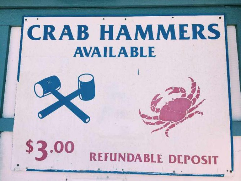 Get crackin' at Quality Seafood | © Michelle Pagaran