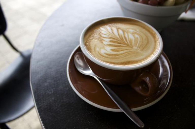 Flat White Coffee l © Russell James Smith/Flickr