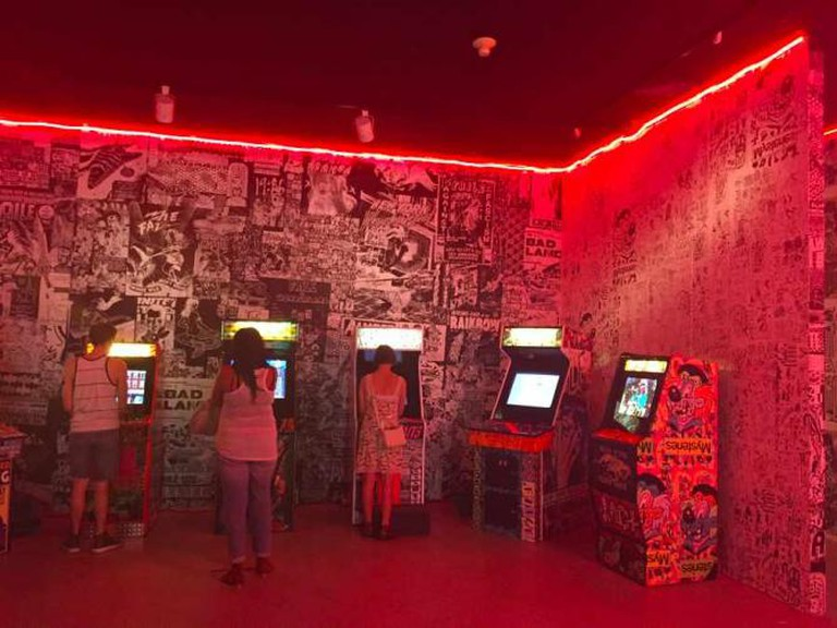 Deluxx Fluxx Arcade   © Ryan Parkes