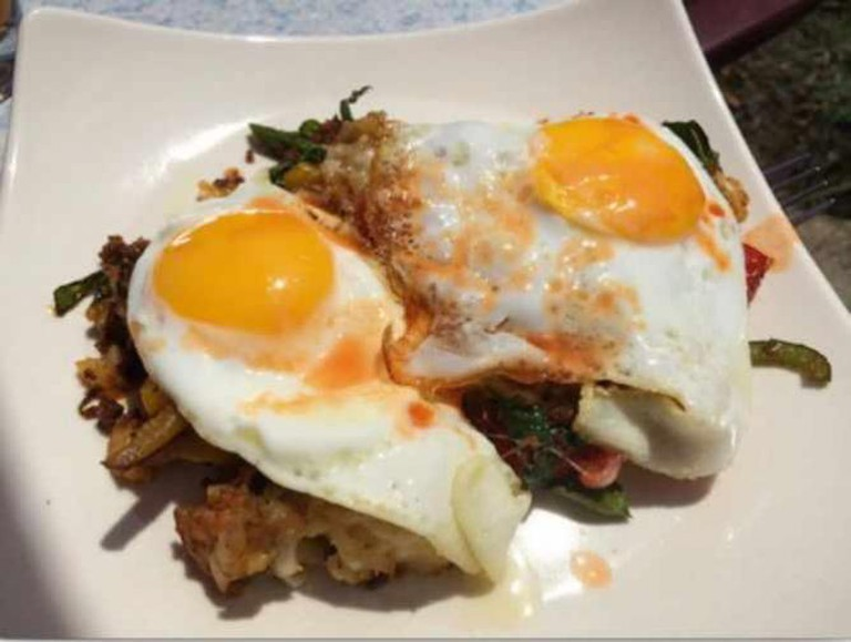 Corn Beef Hash And Sunny Side Up Eggs | © Steven Depolo