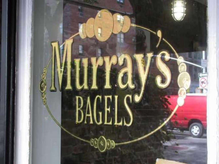 Murray's Bagels | © Eden, Janine, and Jim/Flickr