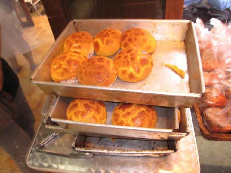 freshly baked pineapple buns