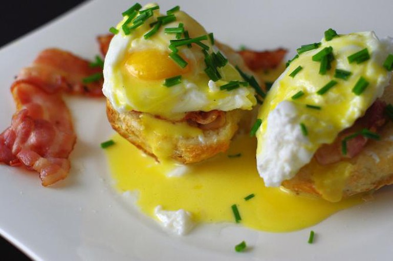 Eggs Benedict with bacon l © balise42/WikiCommons