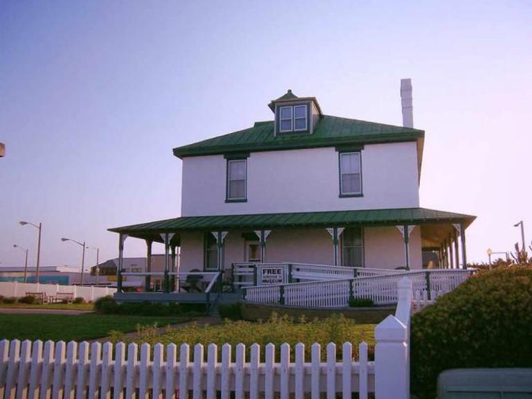 deWitt Cottage